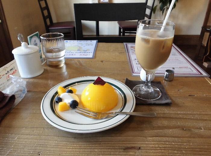 コカブカフェのマンゴーチーズケーキ